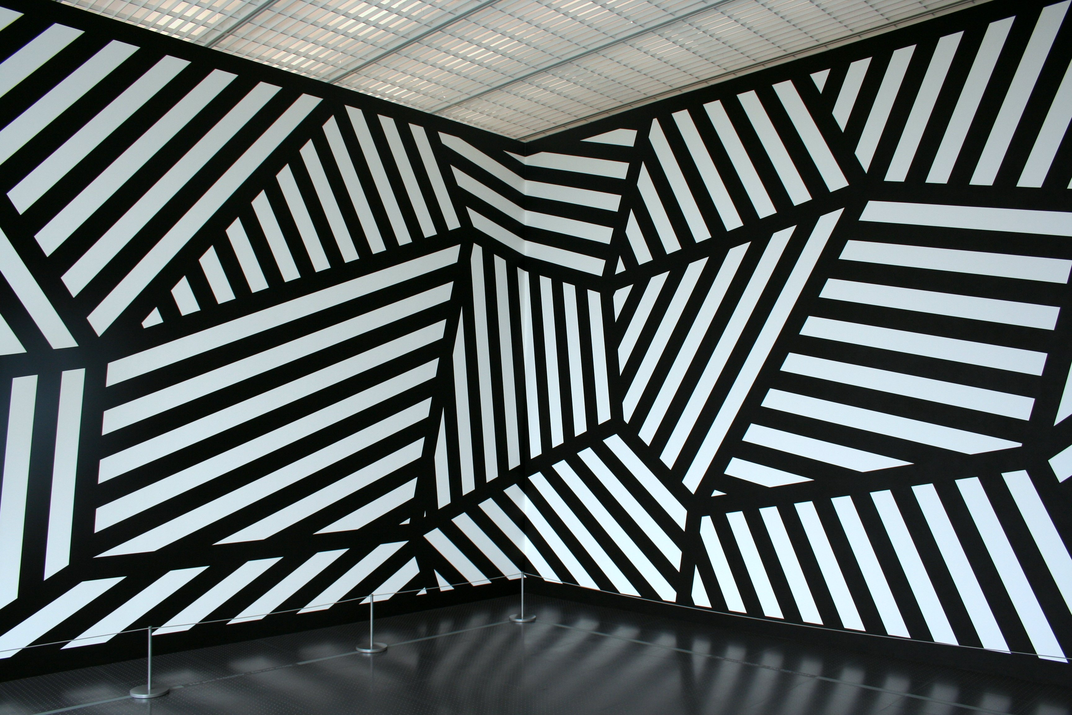 Day thirty five sol lewitt simple forms day of the artist for Minimal art sol lewitt